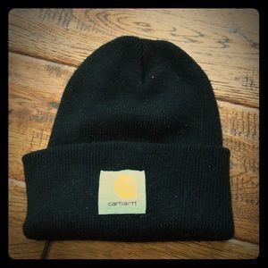 Black carhartt hat